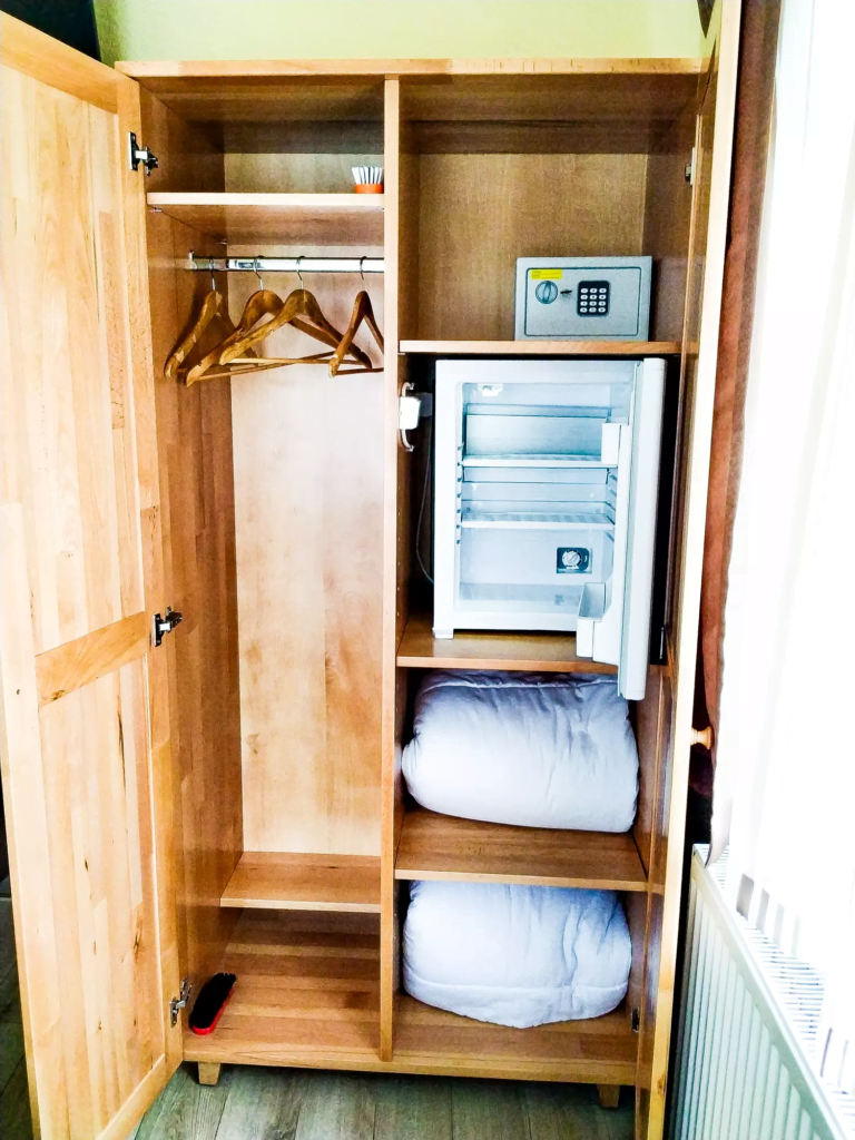 venesis-house-sighisoara-room-no-4-double-room-1-double-bed-wardroble-minibar-safe